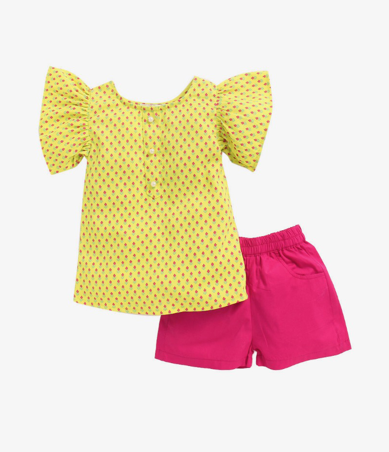 mandy-dresses-yellow-pearl-top-with-majenta-shorts-ac-943-1